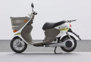 Концепт электроскутера Suzuki