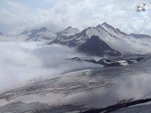 В Гималаях на территории Непала пропали двое альпинистов-проводников
