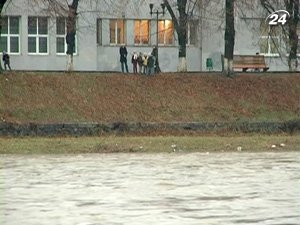 Обильные дожди вызвали наводнение