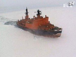 В Охотском море завершилась операция по спасению кораблей