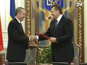 Виктор Янукович и премьер-министр Турции Реджеп Тайип Эрдоган