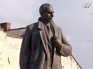 Памятник Бандере