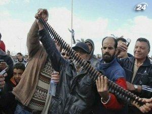 Бунт в Ливии продолжается