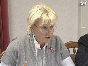 Заместитель министра по делам семьи, молодежи и спорта Светлана Толстоухова