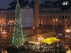 Рождественская елка на площади Святого Петра