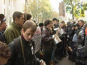 Митинги против двуязычия