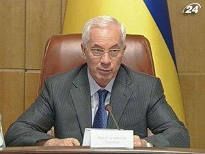 Николай Азаров не учитывает оценки экспертов