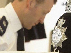 Британские стражи порядка задержали 12 террористов