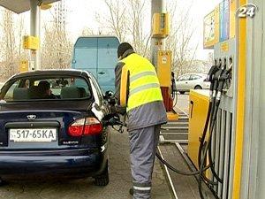 Только в течение последней недели стоимость бензина в Украине выросла на 40-50 копеек и вплотную приблизилась к 10 грн. за литр