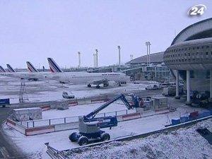 Снегопады парализовали воздушный и наземный транспорт Европы