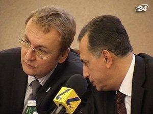 Борис Колесников проинспектировал подготовку Львова к Евро-2012