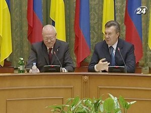 Виктор Янукович и Иван Гашпарович