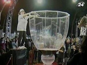 Ливанский бокал - крупнейший в мире
