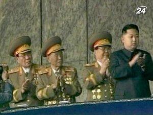 Преемника Ким Чен Ира выводят в люди