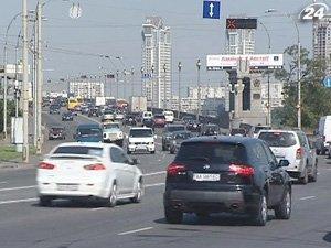 Украинский уверенно избавляются от старых авто