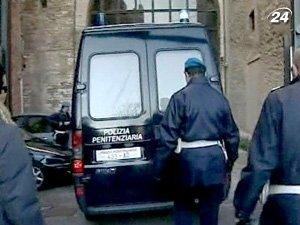 Сенатора Куффаро признали виновным в содействии мафии
