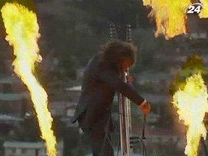 Грандиозное огненное шоу на открытии музея