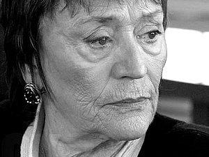 Актриса Анни Жирардо