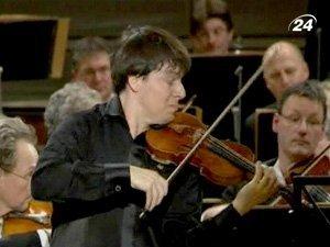 На Нобелевском концерте выступил скрипач Джошуа Белл