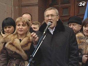 Леонид Черновецкий останется на посту мэра