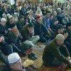 Мусульмане начинают празднование с молитвы в мечетях