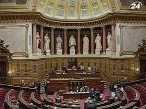 Сенат Франции окончательно одобрил повышение пенсионного возраста