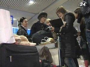 Первый самолет с 137 украинцами прибыл в Киев