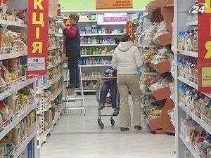 АМКУ требует от супермаркетов снизить цены на молоко и мясо