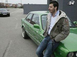 Хорват Мате Римач установил на свой BMW E30 электромотор