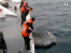 На поиски моряков отправили патрульные корабли
