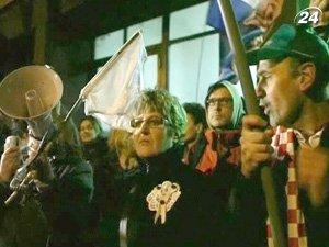 Демонстранты требовали отставки Кабмина