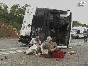 18 туристов из Франции пострадали в ДТП в Турции