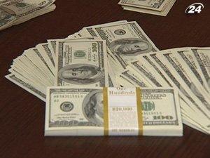 Украинский активно скупают валюту