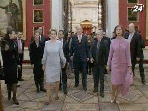 Король Испании и его супруга побывали в Эрмитаже