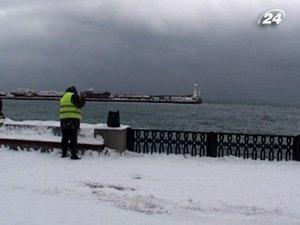 В Ялте снег