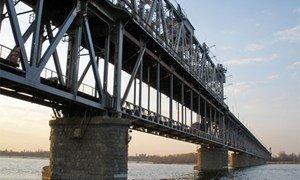 Мост через Днепр в Кременчуге