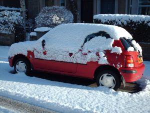 Хранение автомобиля без укрытия пагубно сказывается на его состоянии