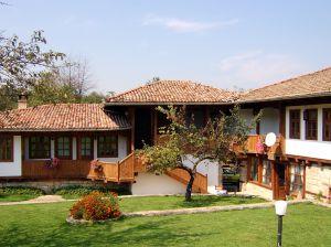 Дом в Болгарии в ретро-стиле