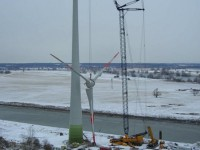 Строительство ветрянной электростанции под Магдебургом, Германия