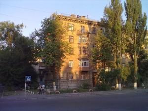 Киев, ул. Гарматная