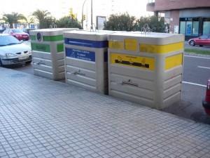 Баки для раздельного сбора мусора за границей
