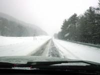 Дороги во Львовской области завалены снегом