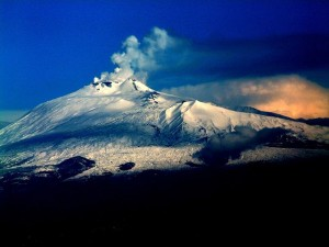 Вулкан Этна. Вид с самолета
