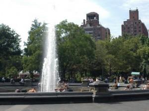В летнюю жару помогают фонтаны