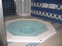 Гидромассажная ванна (джакузи)