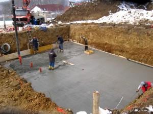 Заливка бетона. Фото - H. Raab