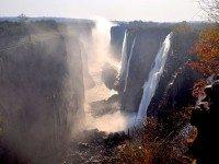 Водопад Виктория. Фото Doctor Joe E