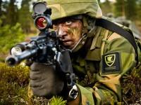 Норвежский солдат на учениях. Фото - Forsvarets mediesenter / Erik Drabløs