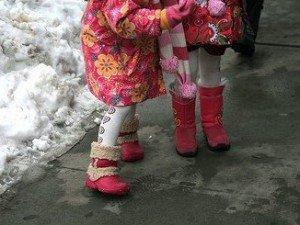 Детская зимняя обувь. Фото Vincent Desjardins