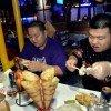 Скидки худым и толстым в китайском ресторане. Фото foodbeast.com